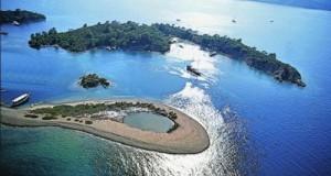 12 Island Day Cruise